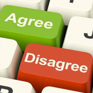 disagree and agree keys for online poll or voting Gy6I1zvd 760x760